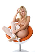 Zuzana Striking beauty istripper model